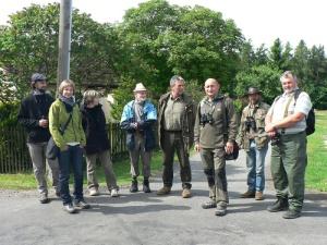 Skupinovy snimek ucastniku z nedelni vychazky v okoli Kohoutova vvt 2012 Foto - Martin Fejfar.