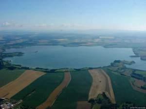 Pohled od západu na přehradu Rozkoš. Foto J. Vaněk